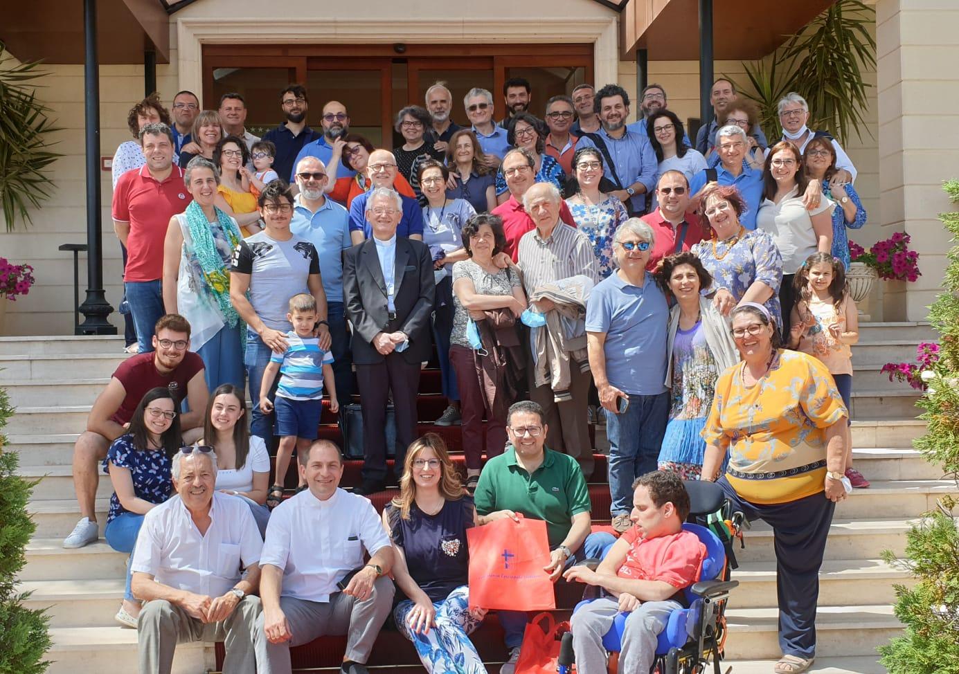 IN RICERCA DI PRATICHE VIRTUOSE: UN LABORATORIO DI STUDIO PER LE FAMIGLIE DI SICILIA
